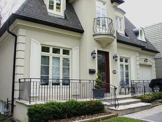 wrought iron balcony and ballustrades